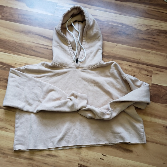 🍍 Wild Fable cocoa tan hooded cropped sweatshirt